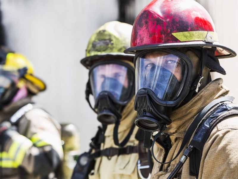 fire-fighters-looking